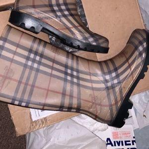 Burberry Haymarket boots